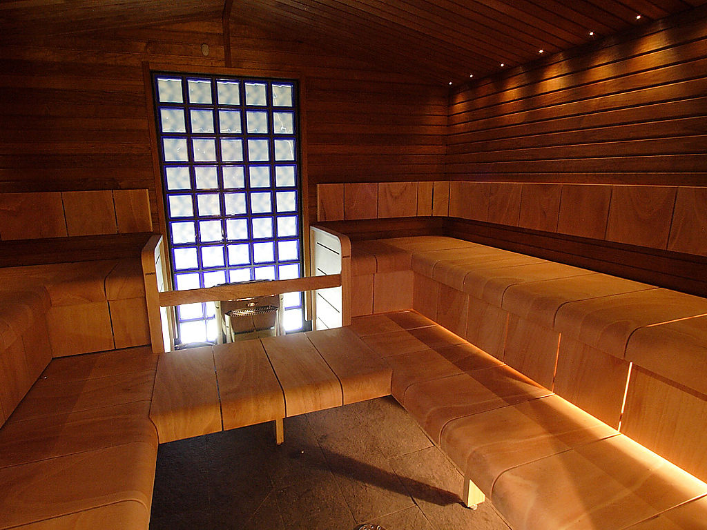 Sauna use reduces risk of dementia says Finnish university.